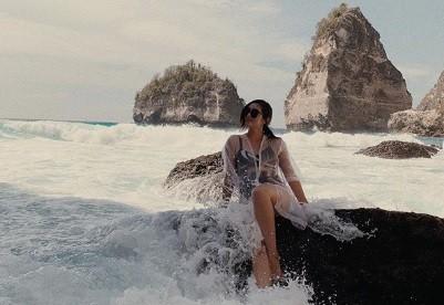 Hobi Travelling, Ranty Maria Ingin Liburan ke Sumba