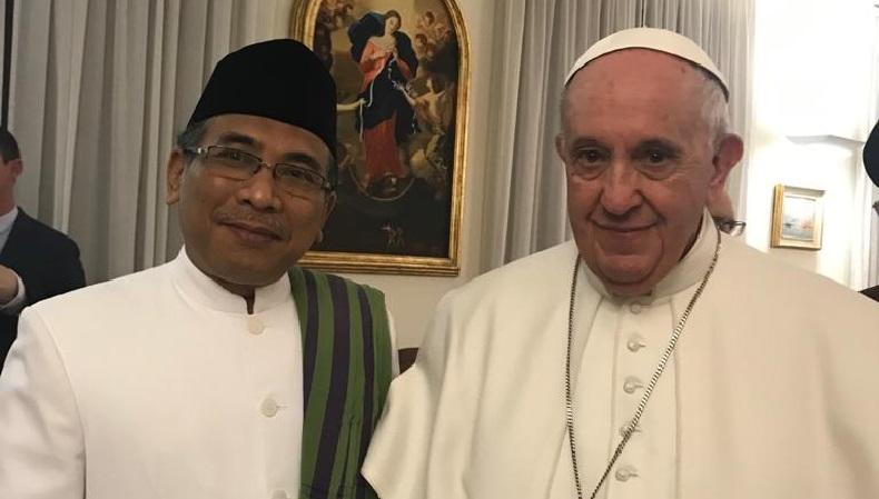 Bertemu Paus Fransiskus, Gus Yahya Sampaikan Aksi NU Lindungi Minoritas
