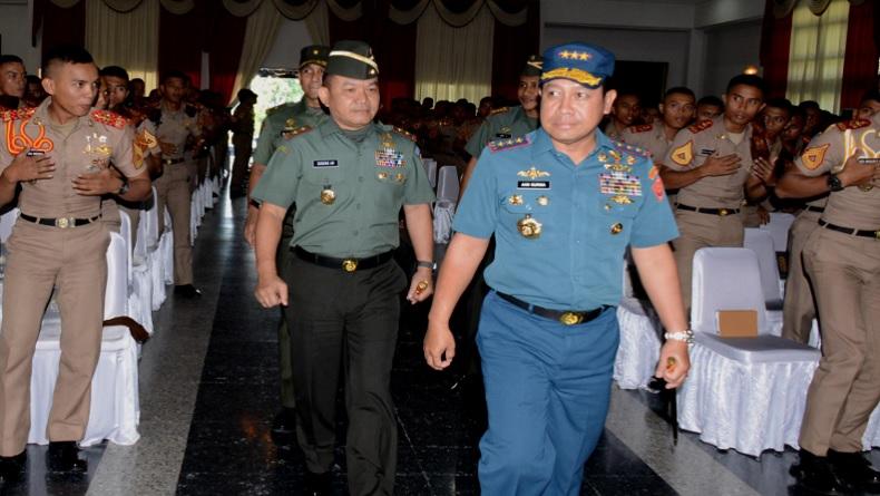 Profil Laksdya TNI Aan Kurnia, Kepala Bakamla Baru