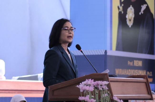 Profil Reini Wirahadikusumah Rektor Perempuan Pertama ITB