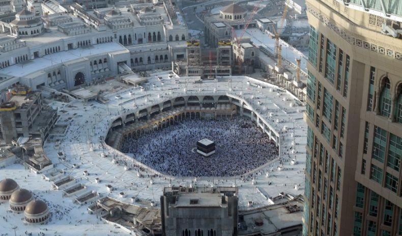 Arab Saudi Terbitkan Protokol Kesehatan Haji, Tahun Ini Jemaah Dilarang Sentuh Kakbah