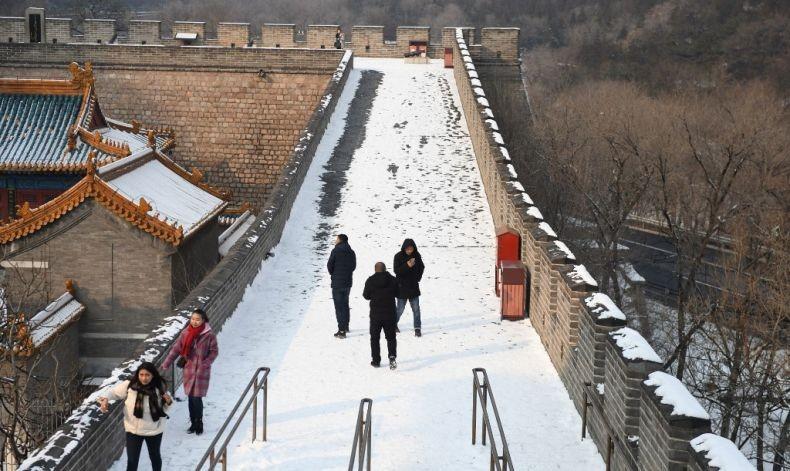 Virus Korona Paksa China Tutup Tembok Besar, Kota Terlarang dan Disneyland