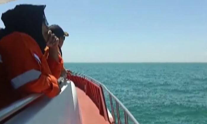 Kapal Tersambar Petir, Suami Istri di Lingga Kepri Hilang saat Mancing Ikan