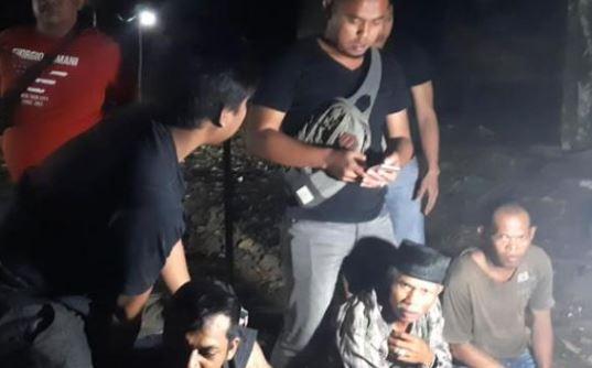Gerebek Arena Judi Sabung Ayam di Wajo Sulsel, Polisi Amankan 8 Orang