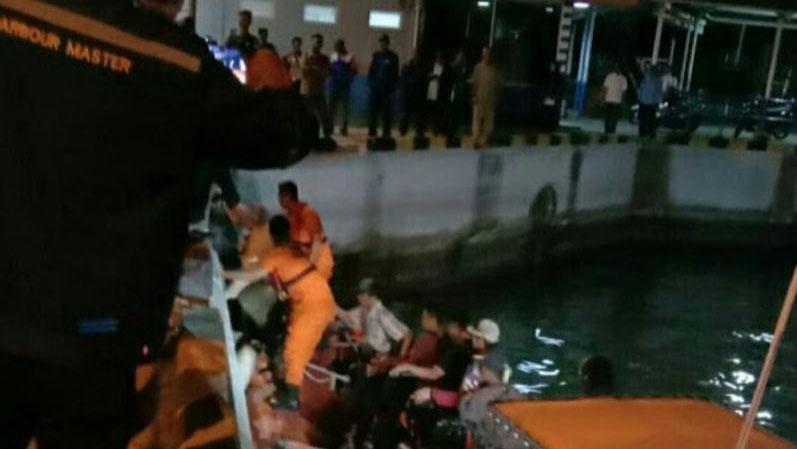Kapal Feri KMP Salvatore Mati Mesin di Tengah Laut dalam Pelayaran ke Pelabuhan Merak