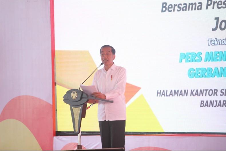 Jokowi Siapkan Regulasi Lindungi Dunia Pers Nasional