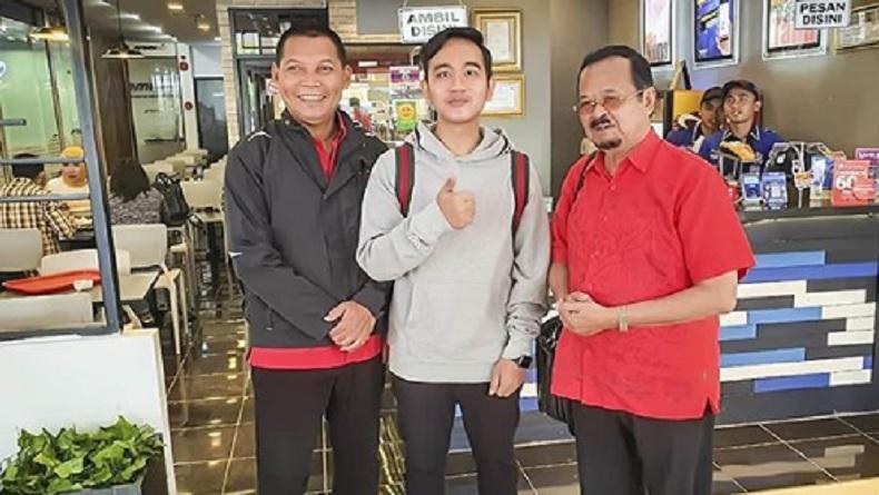 Gibran Unggah Foto Bareng Pesaing di Pilkada Solo, Netizen Doakan Rukun