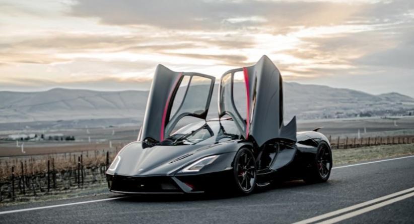 Tantang Bugatti Chiron, Mobil Super Kencang SSC Tuatara Diluncurkan Hanya 100 Unit