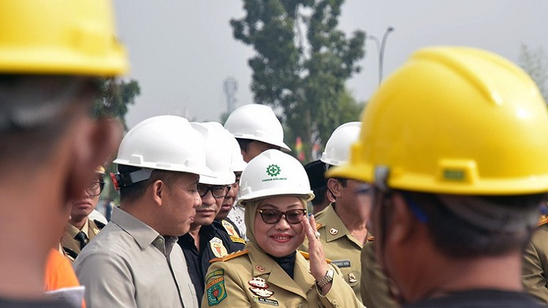 Menaker Ida Fauziyah Soroti Kematian Pekerja Tol Pekanbaru-Dumai karena Tertimpa Crane