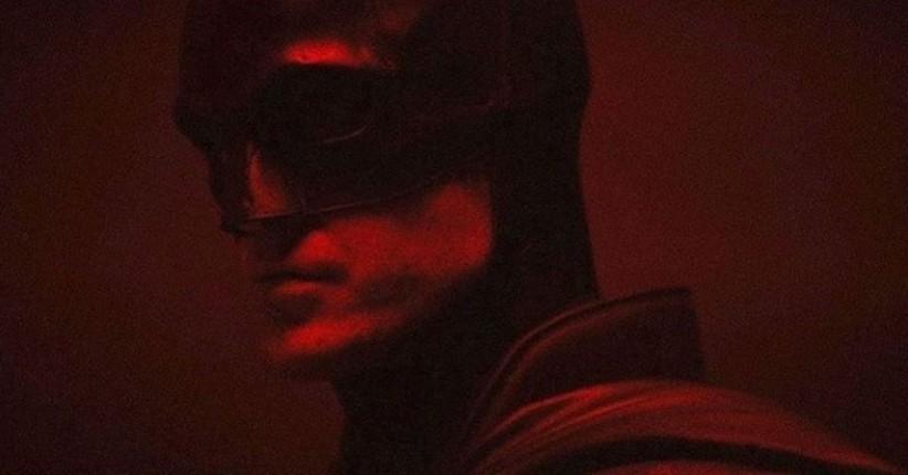 The Batman Ungkap Kostum Baru Versi Robert Pattinson