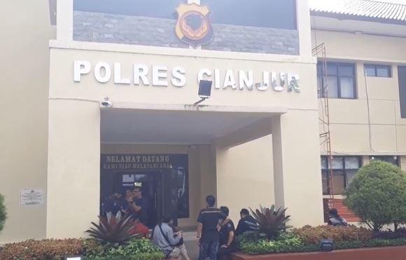 2 Orang Pemilik WO Bodong di Cianjur Ditangkap, Salah Satunya Hamil Tua