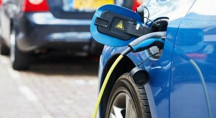 Terkait Purnajual, Leasing Masih Pertimbangkan Pembiayaan Mobil Listrik