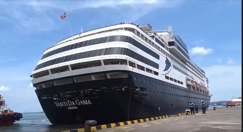 Kapal Pesiar dari Australia Diperiksa di Pelabuhan Benoa Bali untuk Cegah Virus Korona