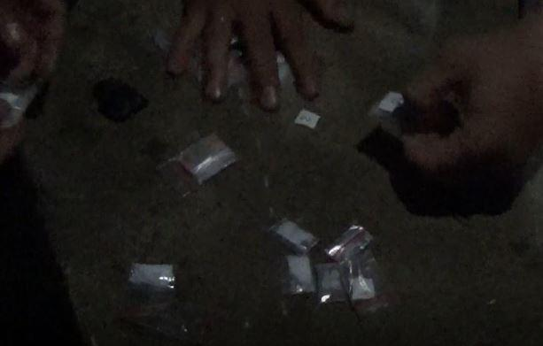 Bandar Narkoba di Padang Diciduk Polisi, Sembunyikan 36 Paket Sabu di Kandang Sapi
