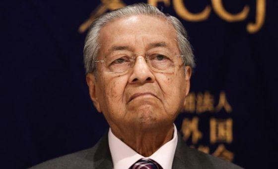 Politikus Malaysia Bukan-bukaan soal Pengunduran Diri Mahathir sebagai Perdana Menteri