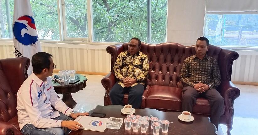 Partai Perindo Beri Dukungan Paulus Yulius dan Kuro Matani di Pilkada Teluk Wondama