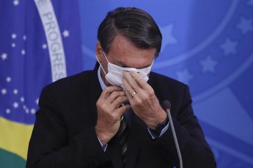 Korona Goyahkan Brasil, Ribuan Warga Serukan Presiden Bolsonaro Mundur