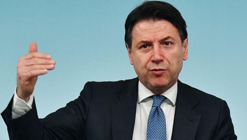 Italia Bakal Seret Produsen Vaksin Covid Pfizer dan AstraZeneca ke Ranah Hukum