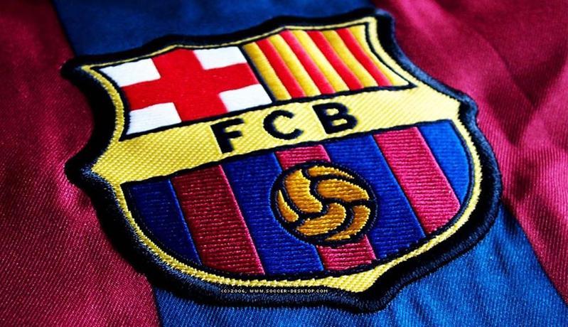 Terpuruk di Lapangan, Barcelona Justru Berprestasi di Youtube