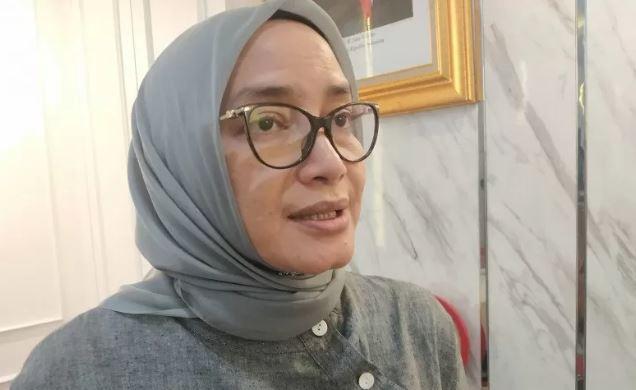 Evi Novida Ginting Diberhentikan Jokowi Secara Tidak Hormat