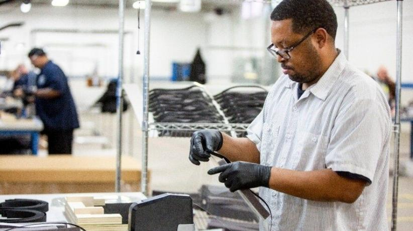 Atasi Corona, Ford Akan Produksi 50.000 Ventilator dalam 100 Hari