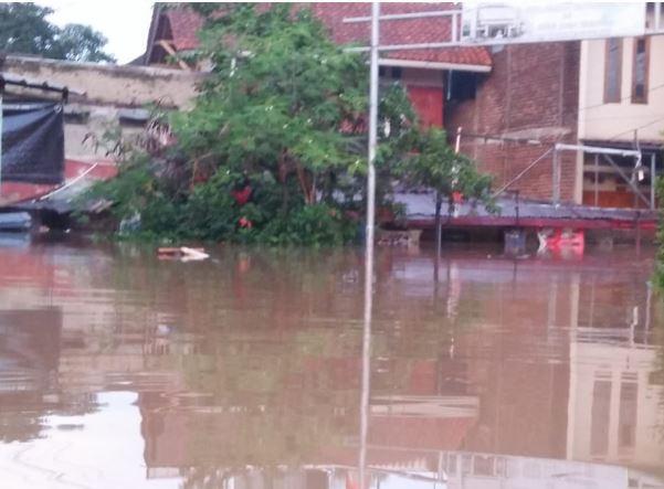 9.285 Rumah Terendam Banjir di Kabupaten Bandung, 315 Orang Mengungsi