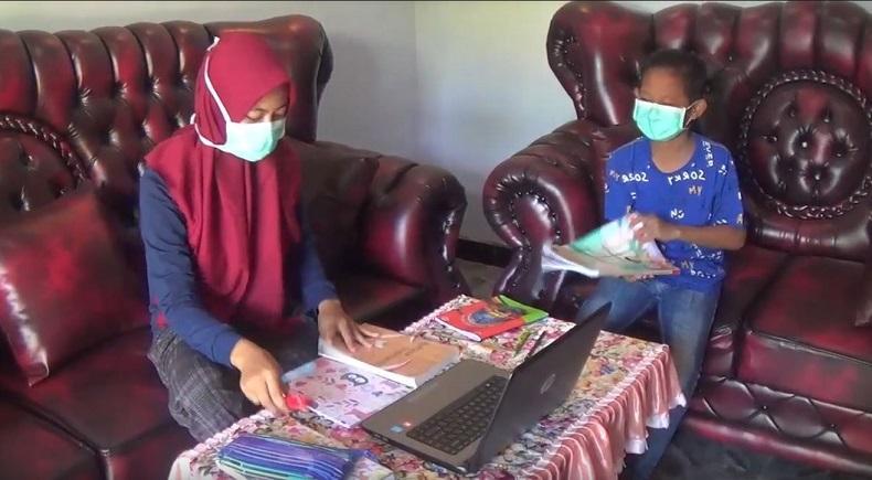 Covid-19 Belum Reda, Pemkot Padang Panjang Terapkan Belajar Online di Rumah