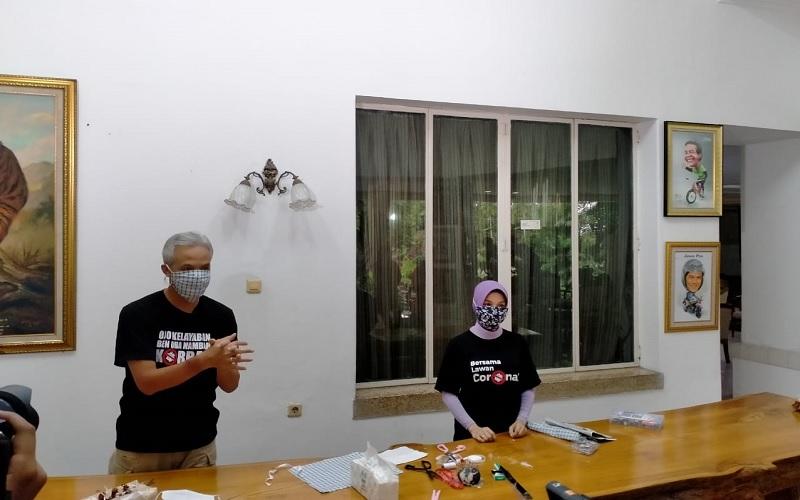 Ganjar Pranowo dan Istri Pilih Buat Masker Sendiri