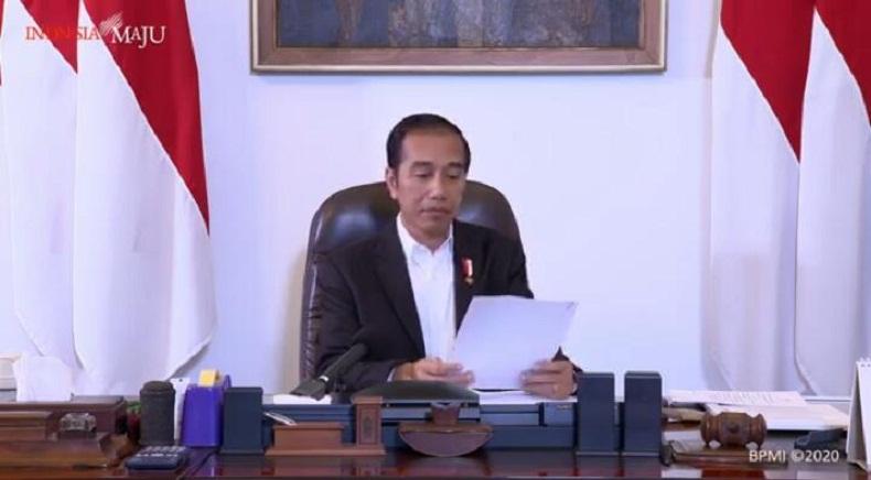 Pasar Kembali Ramai, Jokowi Ingatkan Aturan PSBB Corona