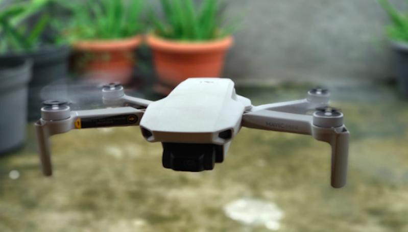 Tips Menerbangkan Drone di Dalam Ruangan, Wajib Pakai Ukuran Mini
