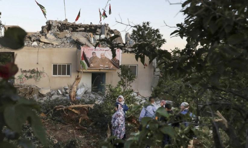 Tentara Israel Robohkan Rumah Warga Palestina