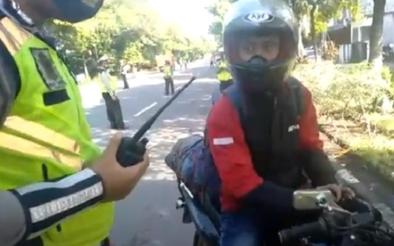 Pemudik dengan Sepeda Motor dari Cikarang Mulai Ramai di Solo