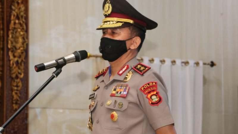 Kapolda Sumsel Berikan Penghargaan kepada 65 Personel Berprestasi