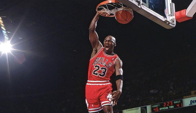 Berkat Saran Ibunda, Michael Jordan Kantongi Rp18 Triliun dari Nike