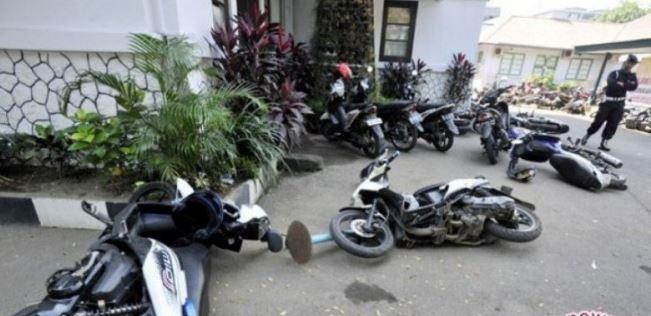 Tak Dapat Dana Bansos, Sejumlah Warga Aceh Selatan Mengamuk dan Rusak Kantor Desa