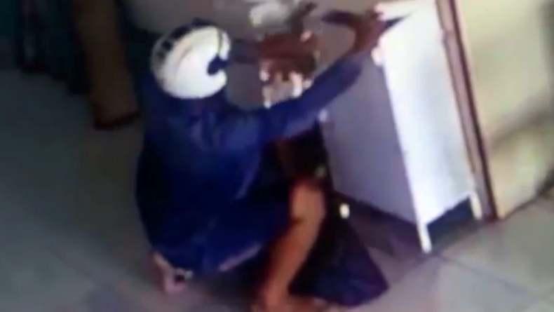 Tak Punya Akhlak, Pria di Padang Curi Rp5 Juta di Kotak Amal Masjid