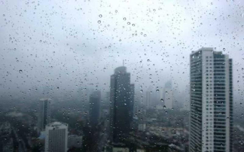 Prakiraan Cuaca 2 Maret 2021, Hujan Ringan Berpotensi Guyur Jaksel