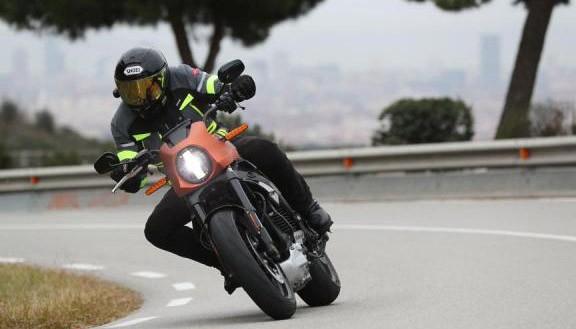Sambut New Normal, Harley-Davidson Kampanye Lebih Aman Naik Motor