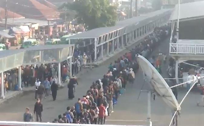 150 Bus Gratis Disiagakan Cegah Antrean Panjang di Stasiun Bogor Senin Pagi, Begini Skemanya
