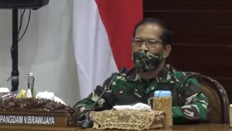 Pangdam V Brawijaya dan Kapolda Jatim Minta Kepala Daerah Lebih Serius Tangani Covid-19