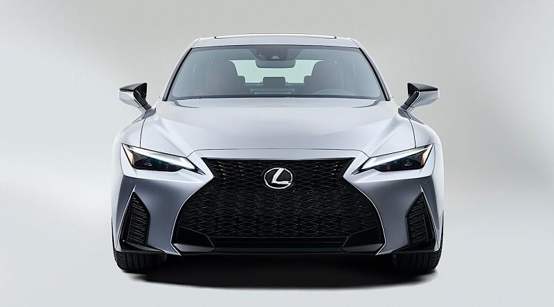 Tanpa Seremonial, Lexus Luncurkan Generasi Terbaru Sedan IS 2021