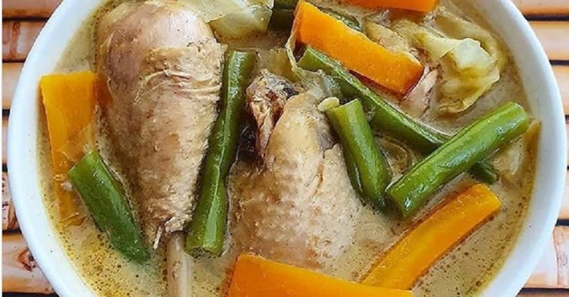 Lezatnya Kari Ayam Sayuran, Dimasak dengan Santan dan Rempah Spesial