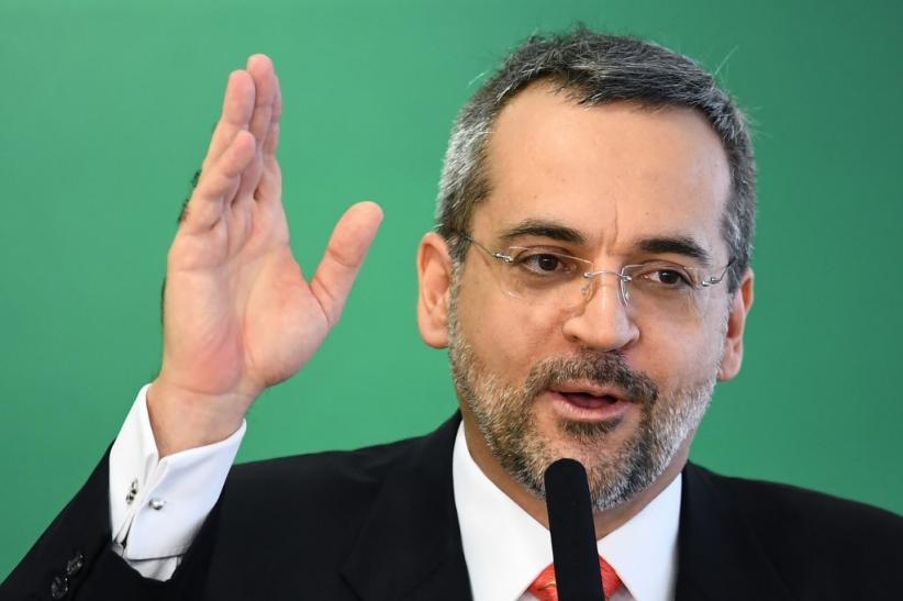Sering Buat Kontroversi, Menteri Pendidikan Brasil Mundur