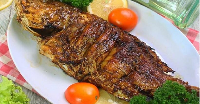 Ide Makan Siang dengan Ikan Bakar Sehat Dimasak Pakai Olive Oil