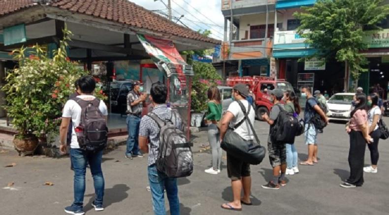 Selesai Dikarantina, 12 Pekerja Migran asal Bali Pulang Kampung ke Tabanan