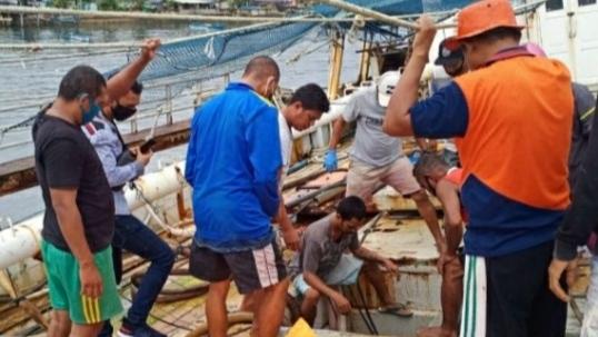 2 Mayat Ditemukan Telungkup dalam Kapal di Ambon, Polisi Selidiki Penyebab Kematian