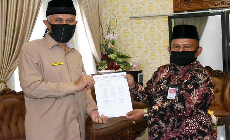 Wali Kota Padang Ingatkan Uji Kompetensi SMK-SMAKPA Wajib Ikuti Protokol Covid-19