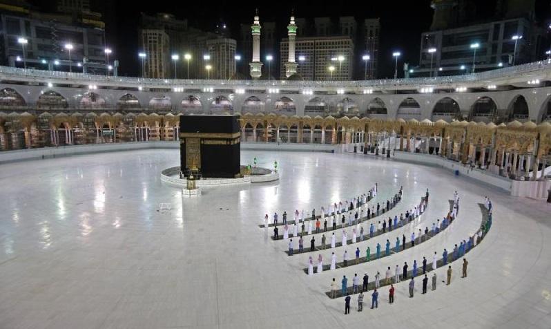 Tahun Ini Jemaah Haji Tak Boleh Sentuh Ka'bah dan Hajar Aswad