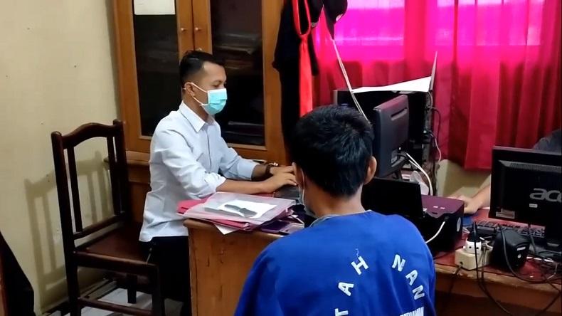 Kolor Ijo di Padang Pariaman Ditangkap saat Jualan Nasi