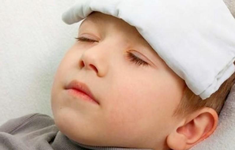 Bunda, Kenali Beda Gejala Demam Dengue dan DBD